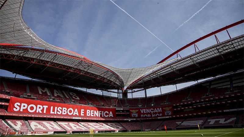 Portugalci ne znajo odgovoriti: Navijači v Portu na finalu lige prvakov dovoljeni, na finalu pokala pa ne