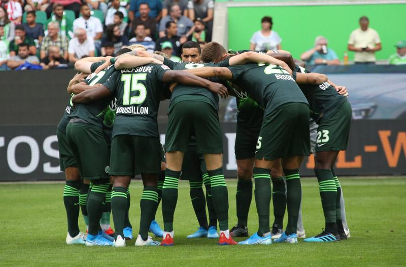 Nogometaši Wolfsburga polnijo trgovinske police
