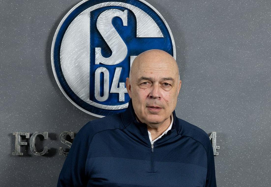 V Schalkeju spet vre, igralci so se po manj kot dveh mesecih naveličali trenerja